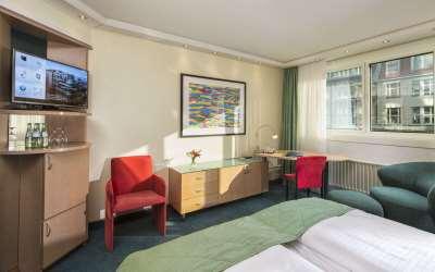 Maritim Room